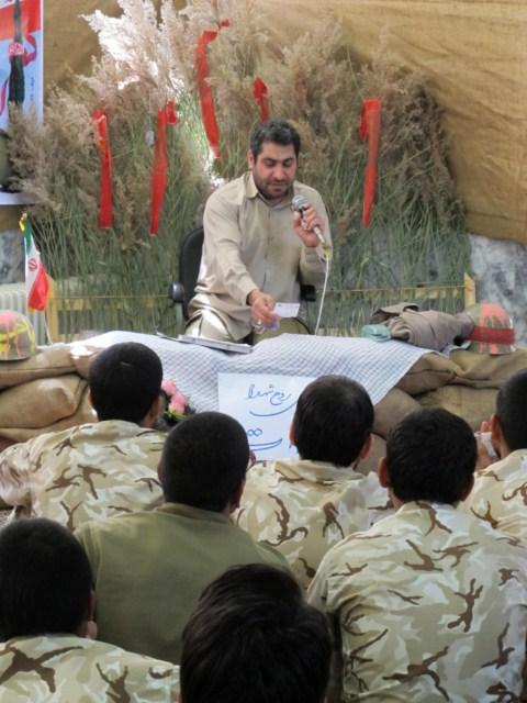 جوانان در کسوت سربازی